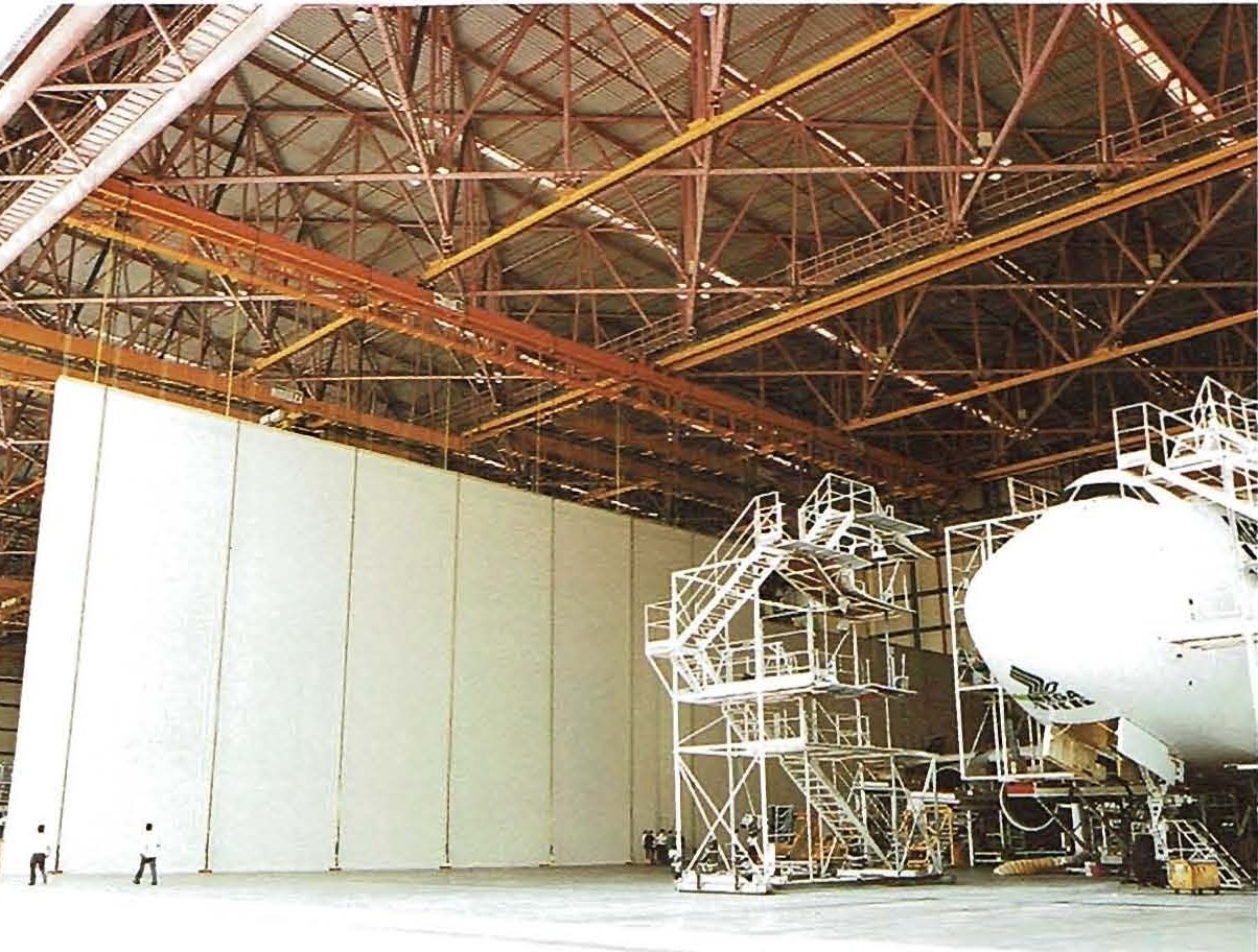 4.5.1.1 PARTITION wall SYSTEM in Aircraft Hangar.jpg
